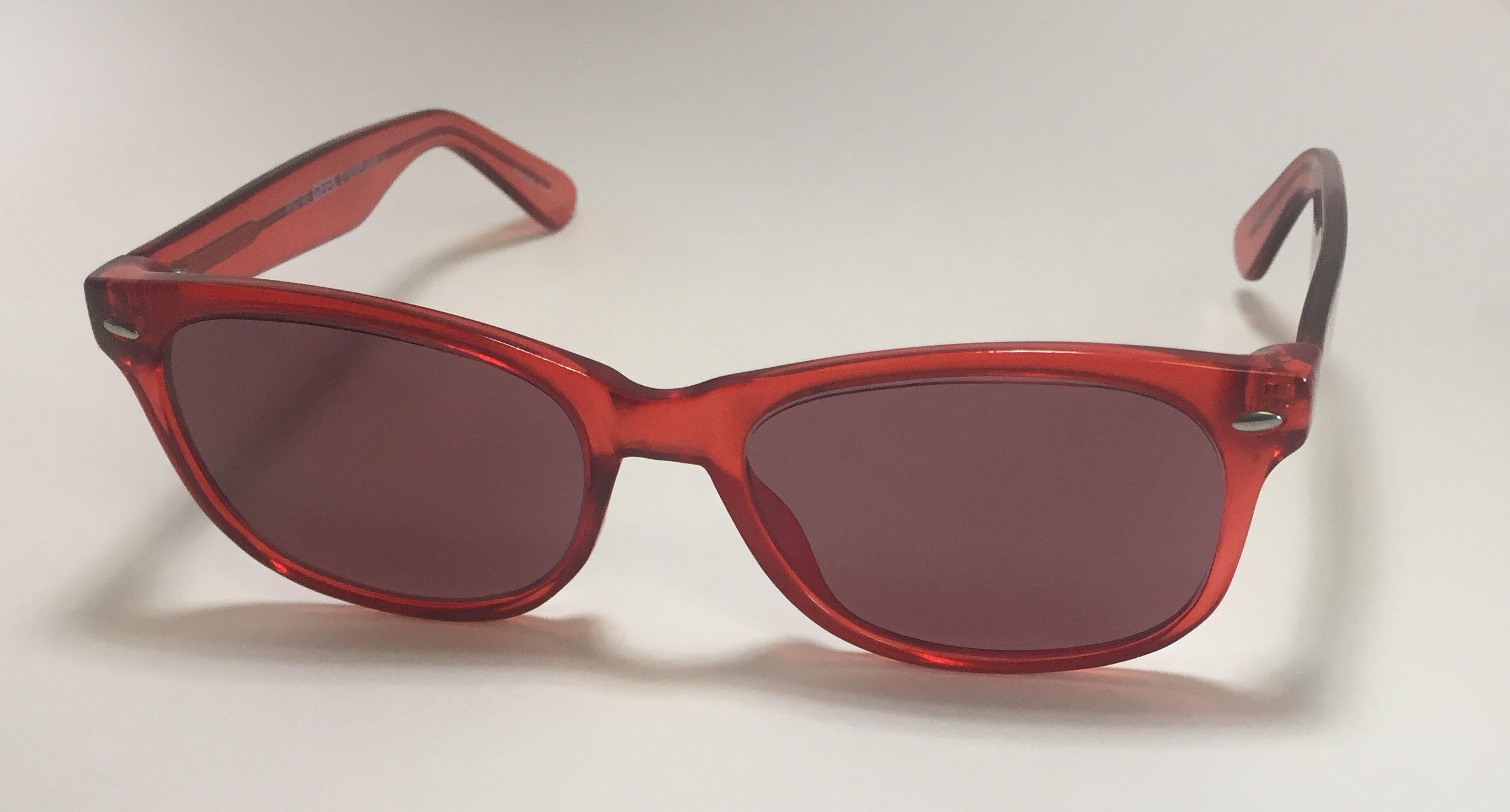 POLYCARBONATE SODIUM FLARE, UV/IR GLASSES IN RED