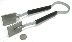 Masher with adjustable screw